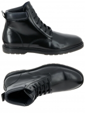 boots whooz tracker noir